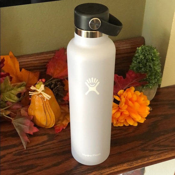 NWOT Hydroflask Bottle- 24 oz